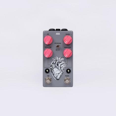 AMA (reverb w/ oscillator + bit crusher)